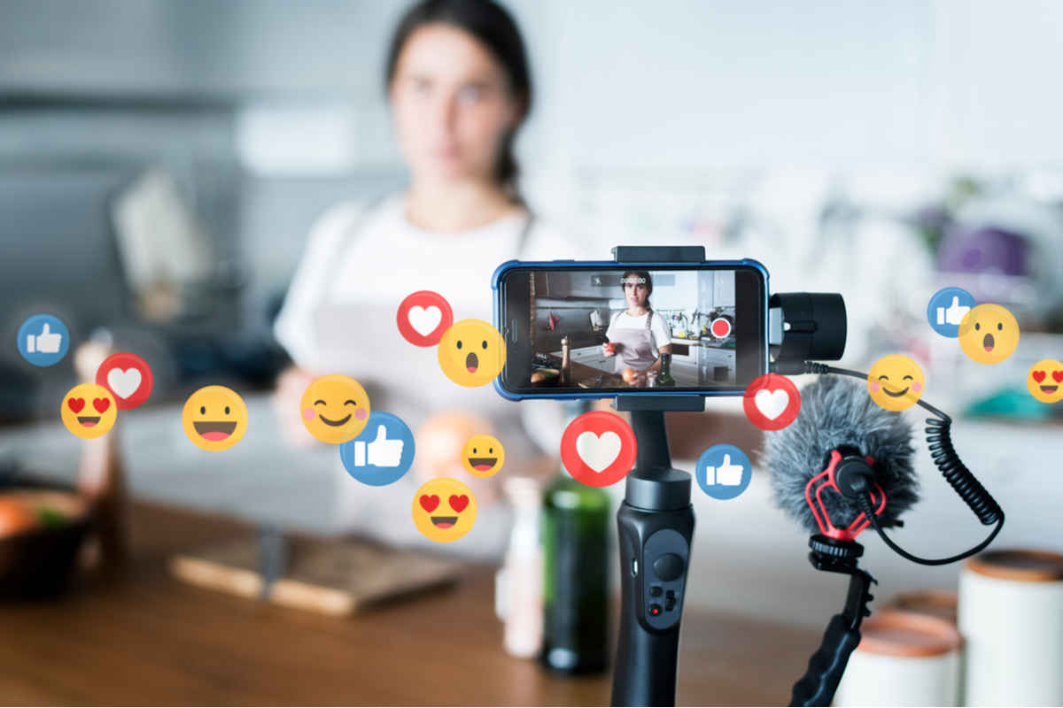 4 Ways Live Video Streaming Benefits Your Business